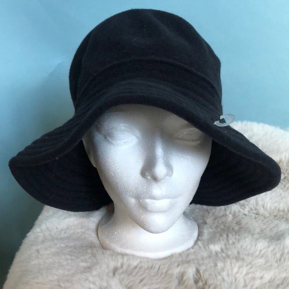 Wool bucket hat made in Canada